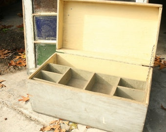 Wooden Tool Box, Wood Box, Vintage Wood Box, Primitive,Home Decor, Storage, Wedding Decor, Gray