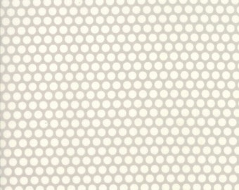 Bonnie and Camille - Basics - Bliss Dot in Gray - 55023-36 - 1/2 Yard
