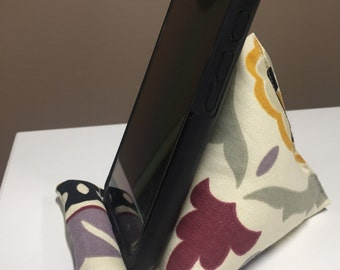 Desk or Counter Top Cell Phone Holder, Phone Stand, Smart Phone Desk Stand, Phone Holder, Desk Phone Holder