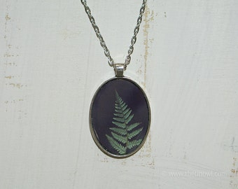 Green Fern Necklace | Pendant | Fern | Green Nature | Jewelry | Antique Bronze Silver | Wearable Art Photography | Oval