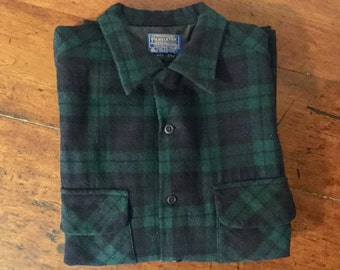 Vintage 1960s Pendleton 100% Virgin Wool Mens Shirt,size medium,Oxford Stye,Flap Pockets