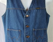 ON SALE 1970s Wrangler Denim Vest Cowboy Westernwear Ranchwear