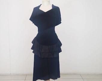 SALE! 1940s peplum dress in black crepe with satin ruffle