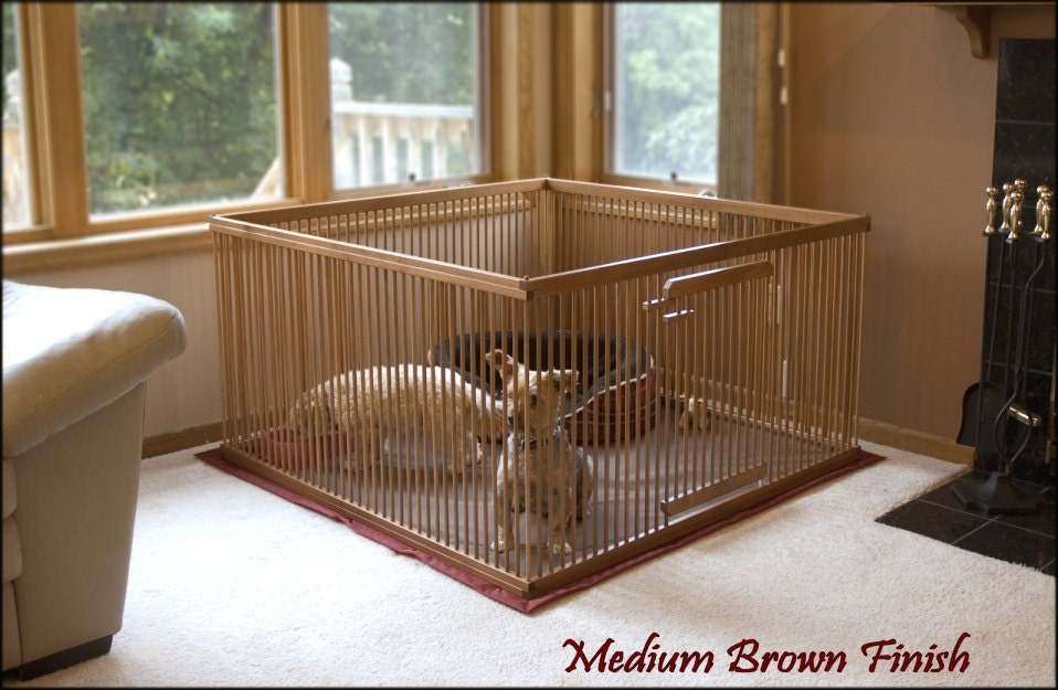 4\'x4\' Solid MAPLE Large Indoor Dog Kennel. Snap-on