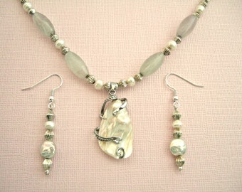 Baroque Pearl Pendant Necklace Pearl Earrings Ornate Silver Plated Beads White Freshwater Pearls Gorgeous Gift for Her Christmas Present