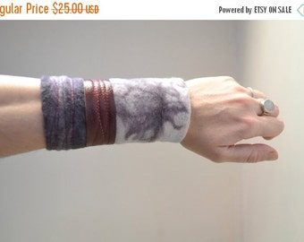 CHRISTMAS SALE Hand Dyed Cuff Bracelet - Purple Cuff Bracelet - Organic Cotton Cuff Bracelet - Cuff Bracelet