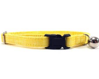 Cat Collar, Small Dog Collar, Yellow Crosshatch
