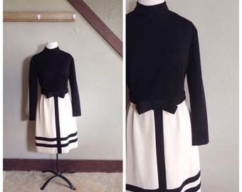 20% OFF / Return to Tomorrow 1960s Black and Cream Mod Dress with Black Trim/Bow Belt Detail