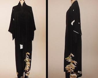 Vintage kimono - Tomesode, Pine trees and gosyoguruma, Hand-Embroidery