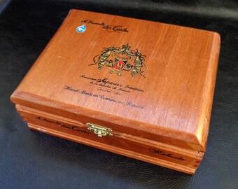 Vintage cigar box, Arturo Fuente don Carlos cigars, wooden trinket box, 80s