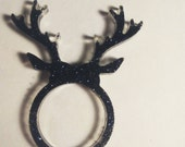 Black glitter buck ring