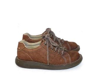 SALE Vintage Dr. Martens Oxford Shoes . 1990s Brown Suede Leather Lace Up Doc Martens . Docs . Sz 4 UK - Sz 6 USA