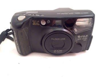 Fuji Discovery 1000 Auto Focus 35 Film Camera