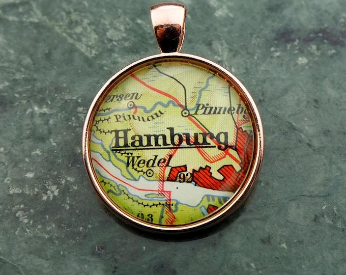NECKLACE, Germany, Hamburg, Map-Pendant, Cabochon, Glass, Atlas, Vintage, Jewlery