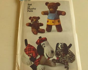 Vintage Simplicity Pattern 9647 Set of Plushy Pets  Factory Fold