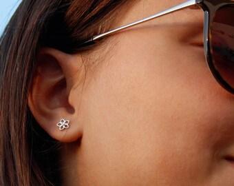 Sterling Silver Earrings studs, Tiny stud earrings Silver, Flower Earrings Studs Silver, Tiny flower earrings, Best selling jewelry