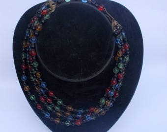 Vintage 50s glass bead necklace