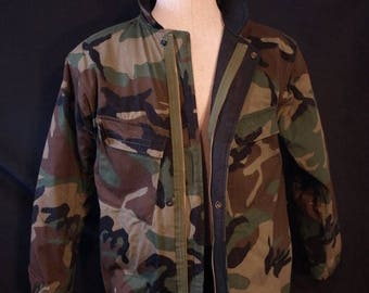 SALE SALE 80's Camo military Chemical lined jacket Size small .