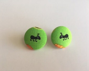 Ant Button Earrings/Circle Earrings
