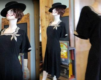 Vintage dress 40s swing WWII beautiful black flirt skirt medium pearls and sequins swing dance