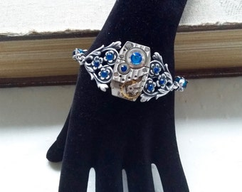 Steampunk with a mechanism to watch bracelet