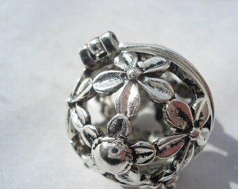 27mm Copper Mexican Angel Caller Bola Harmony Ball, Round Antique Silver Flower Carved Hollow Pendant, Can Open and Fit 18mm Bead C58