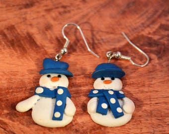 Blue and White Clay Snowman Earrings // Christmas Snowman // Christmas Jewelry // Holiday Earrings // Christmas Earrings // Snowman Jewelry
