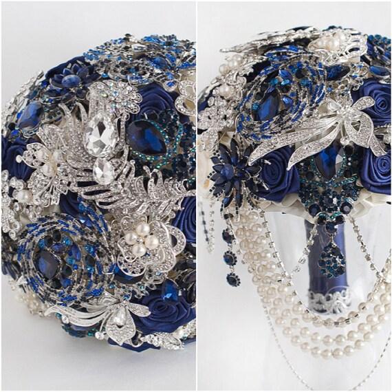 BLUE BOUQUET. Navy blue and silver wedding brooch bouquet