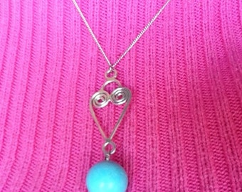 Heart shaped Silverwire Turquoise Bead Pendant Necklace