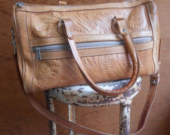 Vintage Leaders in Leather Tooled Caramel Tan Handbag Cross Body Shoulder Purse Tote