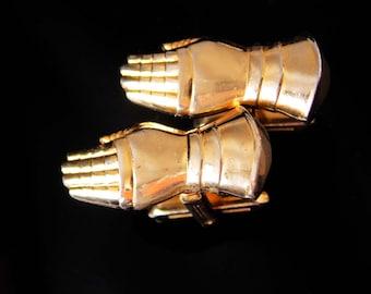 Knight cufflinks /  gauntlet glove / hickok hand jewelry / Vintage Gold set / medieval gothic jewelry / renaissance glove