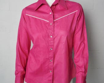 Ladies Vintage Wrangler Pink Pearl Snap Button Down Western Shirt Size 36 (M)  Made In The USA