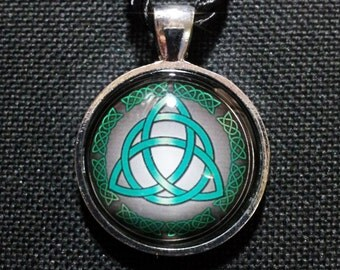 Triquetra  Necklace + Free Shipping Worldwide, Celtic Jewelry, Triquetra Jewelry, Triquetra Necklace, Spiritual Jewelry, Celtic Knot Jewelry