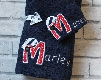 Pirate personalised bath towel set. Pirate swimming towel, personalised towel. Personalised bath towel Christmas gift.