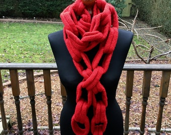 Chain-Link Scarf
