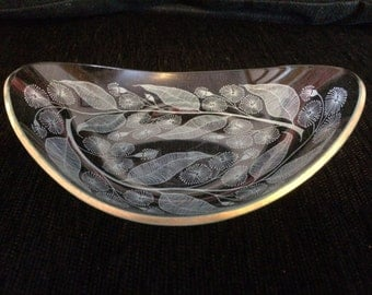 Really unusual Glass Butterdish with Delicate Flower and Leaf Pattern