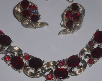 Vintage LISNER Light Gold Tone Red Glass Cabochon Aurora Borealis (AB) Red Rhinestone Link Necklace w/J Hook & Charm - w/Matching Earrings