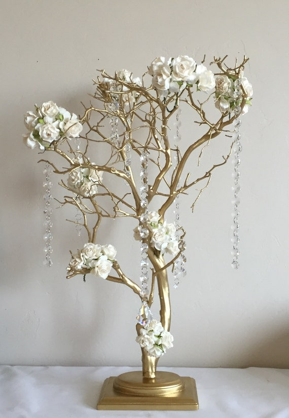Gold manzanita tree centerpiece wedding