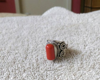 Vintage Ring large chunky silver tone ring size 5