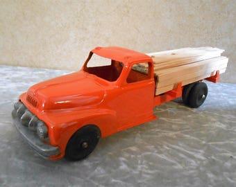 1950's Hubley Kiddie-Toy Metal Lumber Truck