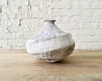White Gourd Vessel