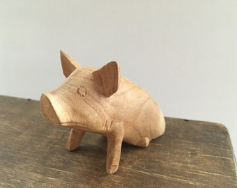Vintage pig figurine Small carved pig Wooden pig figurine Pig collectible