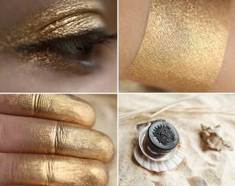 Eyeshadow: Sandy Beach Mermaid - Mermaid. Gold eyeshadow by SIGIL inspired.