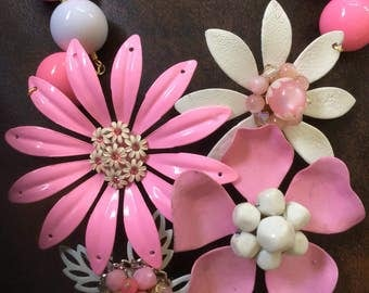Fun Pink and White Enamel Flower Flower Collage Necklace