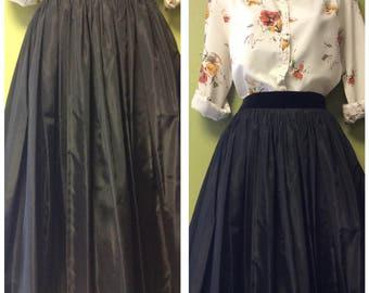 Black 1950's swing skirt with velvet waist