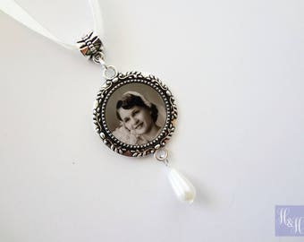 Round Floral Wedding Bouquet Photo Memory Charm Bridal Jewelry- with pearl drop