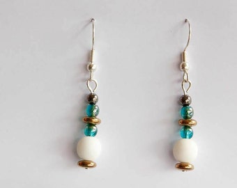 Earrings turquoise/white