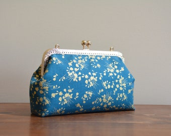 Metallic gold floral on dark green frame purse / kisslock purse / evening bag