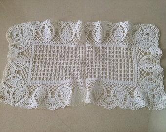 Vintage rectagular doilly crochet , 22'' x 12''
