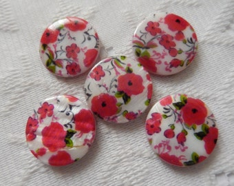 5  Fuchsia Pink Red Green & White Floral Mother Of Pearl Resin Round Flat Coin Beads  20mm